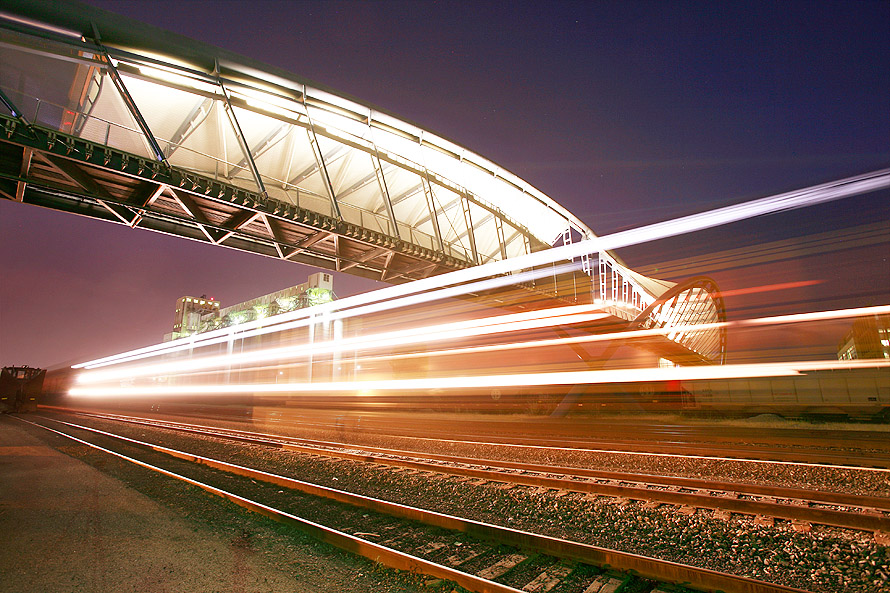 bridge_train_05